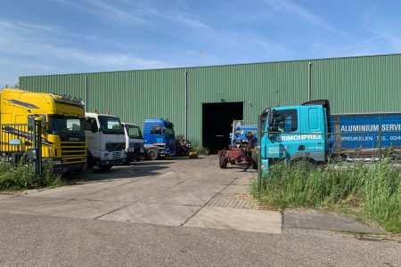 Frans Leeman Trucks & Parts Autosloperij